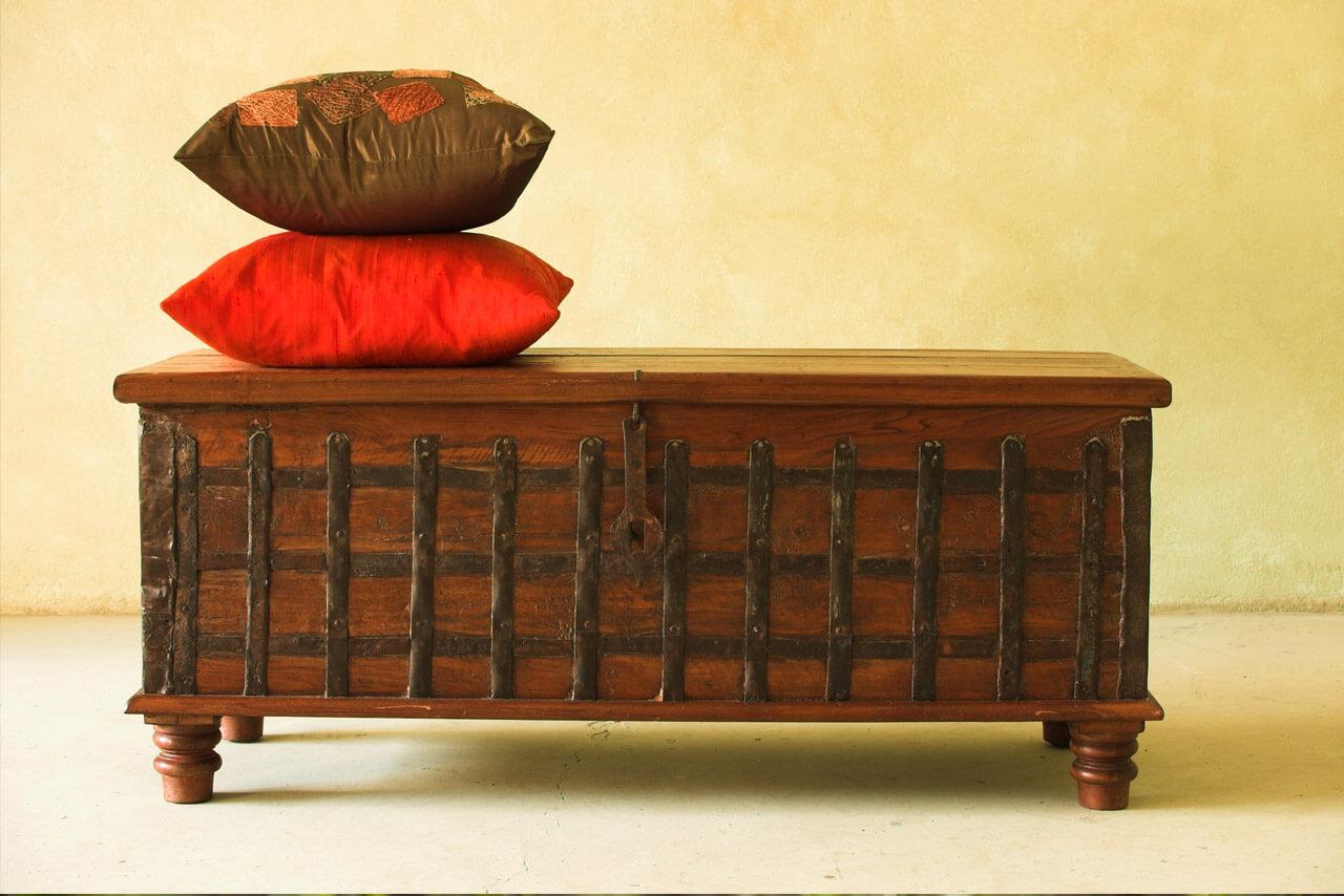 m bel aus indien immer ein fairer deal yogamehome online yoga videos. Black Bedroom Furniture Sets. Home Design Ideas